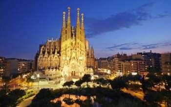 Почему нужно посетить испанскую Барселону?